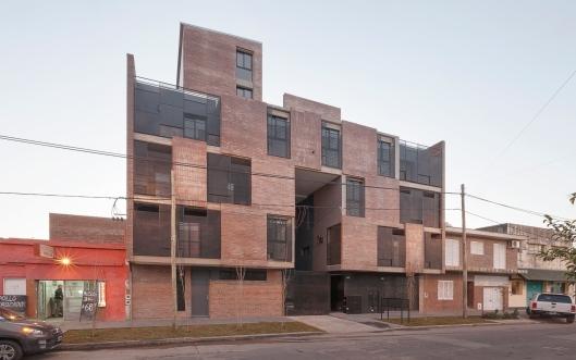 04.Edificio Alameda Necochea - Ph.Federico Cairoli