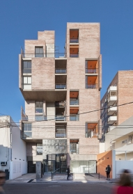 06.Edificio 1ero de Mayo - Ph.Federico Cairoli