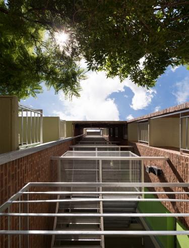 14_Vecindario Güemes - © Federico Cairoli (low)