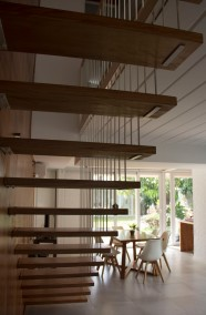 2.e Interior 2